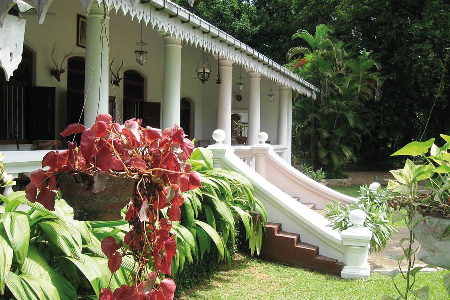 Meeduma_Walauwa,_Rambukkana,_Sri_Lanka.