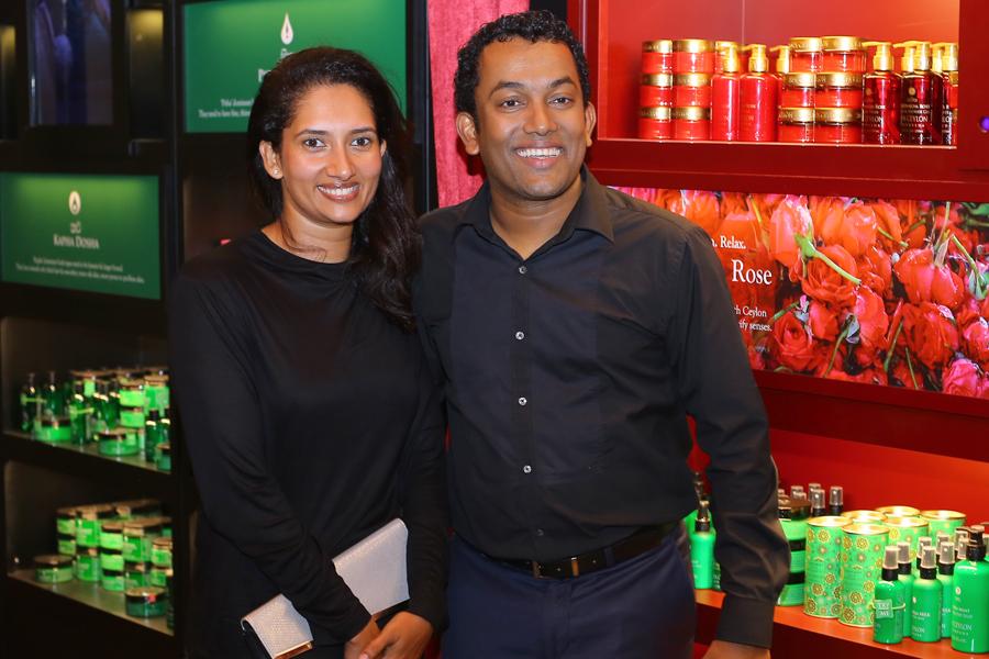 Harshani and Bathiya