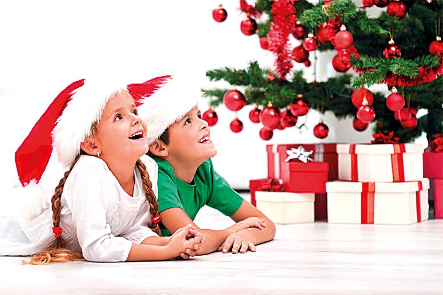Children-Christmas-Tree-1024x6821