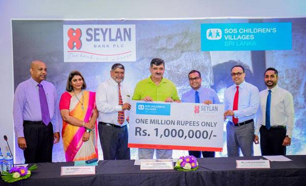 From-right-Gamika,Jayantha,Tilan,Sidhartha,Diwakar,Shuba-Moorthy-&-Jayanath