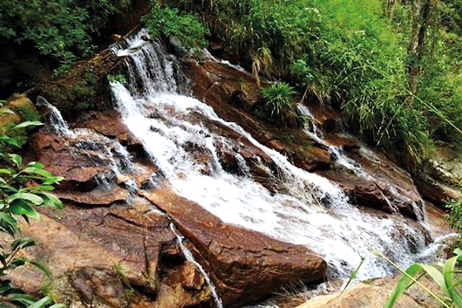 Kosgama falls